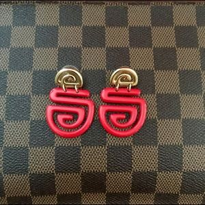 Jewelry - ❤️FUN RED ABSTRACT EARRINGS ❤️